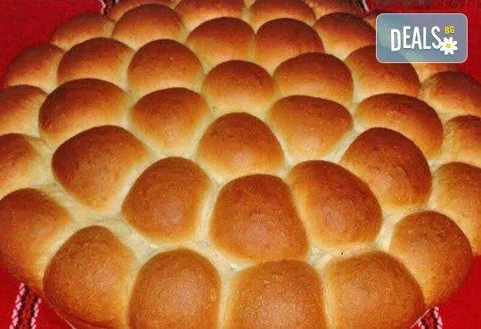 1 или 2 кг. погача, или както нашите баби я наричат - пита, обреден хляб с орнаменти от Работилница за вкусотии Рави + включена доставка - Снимка 6