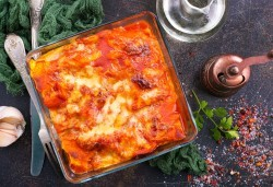 По оригинална рецепта! Вземете лазаня Прошуто или 4 сирена от Kулинарна работилница Деличи - Снимка