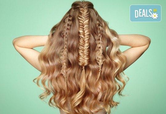 Подстригване, измиване, терапия за коса, сешоар и плитка в Angels