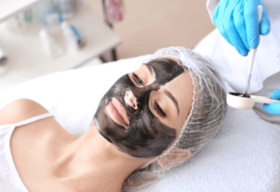 Отървете се от акне, разширените пори и неравномерния тен с карбонов пилинг на лице в BodyLab Studio! - Снимка