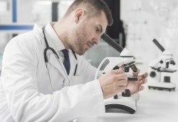 Изследване на TSH, FT4, TAT, MAT и включена такса за вземане на кръв в Лаборатории Кандиларов в София, Варна, Шумен или Добрич - Снимка