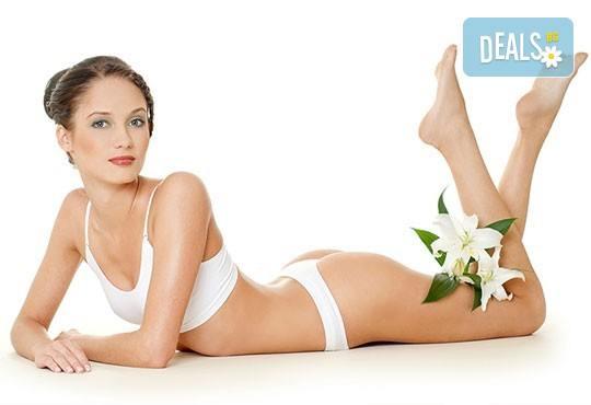 Копринено гладка кожа с 1, 3 или 5 процедури IPL фотоепилация на цяло тяло за жени в салон Орхидея в Студентски град - Снимка 1