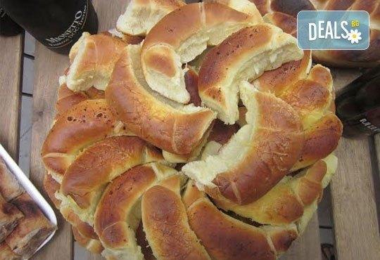 Солени кифли със сирене, кашкавал или шунка и кашкавал - 1 или 2 килограма от Работилница за вкусотии Рави + доставка - Снимка 2