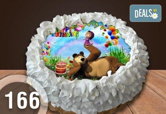 С доставка през април, май и юни! Детска торта с 12 парчета с крем и какаови блатове + детска снимка или снимка на клиента, от Сладкарница Джорджо Джани - Снимка 14