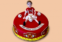 С доставка през март и април! За спорта: торти за футболни фенове, геймъри и почитатели на спорта от Сладкарница Джорджо Джани - Снимка