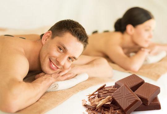 СПА терапия за ДВАМА с шоколад и вулканични камъни в Senses Massage &