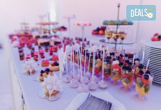 "Сет ""Парти"" със 110 коктейлни хапки от Кулинарна работилница Деличи"