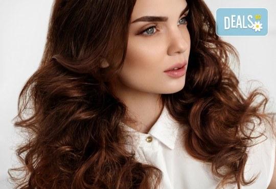 Подстригване, терапия за коса с кератин и шоколад, сешоар и стилизиране на прическа в салон Bibi Fashion! - Снимка 3