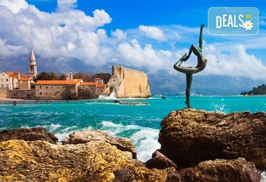 4-звездна почивка в Черна гора! 5 нощувки със закуски и вечери във Vilе Oliva, транспорт, фотопауза на Шкодренското езеро и о-в Свети Стефан - Снимка 12