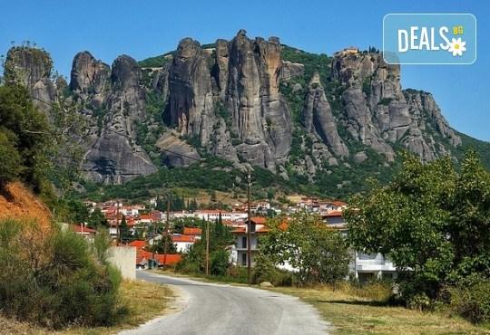 Есенна екскурзия до Солун и Едеса, с възможност за посещение на Метеора! 2 нощувки със закуски на Олимпийската ривиера, транспорт и водач - Снимка 8