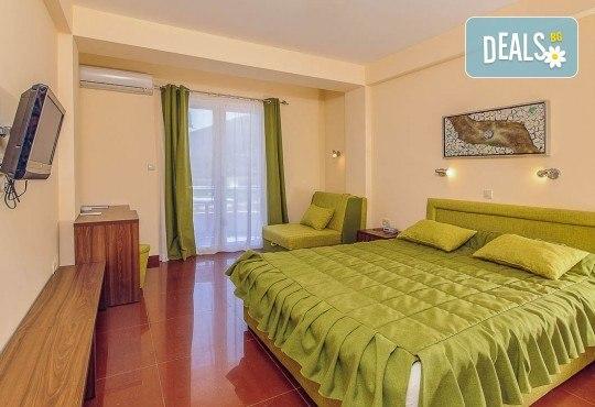 Почивка с цялото семейство в Черна гора! 5 нощувки със закуски и вечери във Hotel Novi 3* и транспорт, възможност за посещение на Будва и Котор - Снимка 4