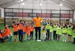 Футболно парти за детски рожден ден с много забавни игри на отбори, професионален треньор и музикална апаратура от Парти агенция ИВОНИ - БАРБАРОНИ - Снимка