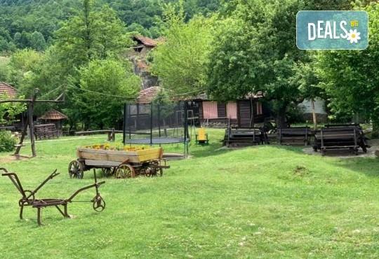 Уикенд в Етно село Срна в Сърбия! 1 нощувка със закуска и богата вечеря с жива музика, транспорт и ползване на басейн - Снимка 8