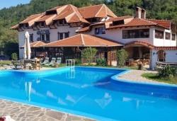 Уикенд в Етно село Срна в Сърбия! 1 нощувка със закуска и богата вечеря с жива музика, транспорт и ползване на басейн - Снимка