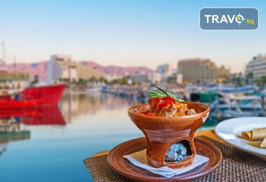 Екзотична екскурзия до Йордания през есента! 4 нощувки със закуски и вечери в хотел 3*/4*, самолетен билет и трансфери, посещение на Петра и джип сафари в пустинята Вади Рум - Снимка 9