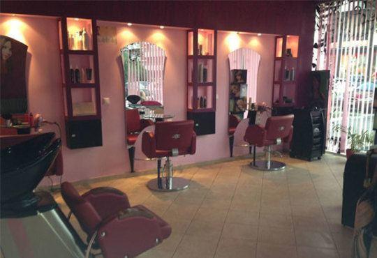 Дълбоко почистване на лице в 10 стъпки и нанасяне на маска от охлюви с изглаждащ и възстановяващ ефект в студио Relax Beauty&Spa! - Снимка 4