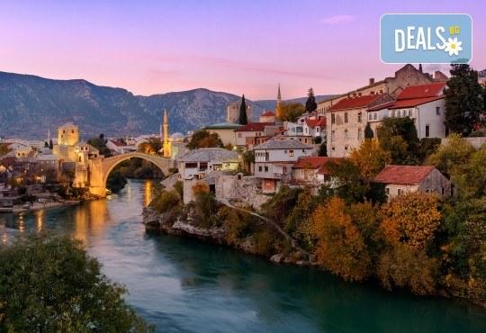 Адриатическа приказка през есента! 4 нощувки със закуски и вечери на Черногорската ривиера, транспорт и посещение на Пераст, канона на р. Ибър и Морача - Снимка 4