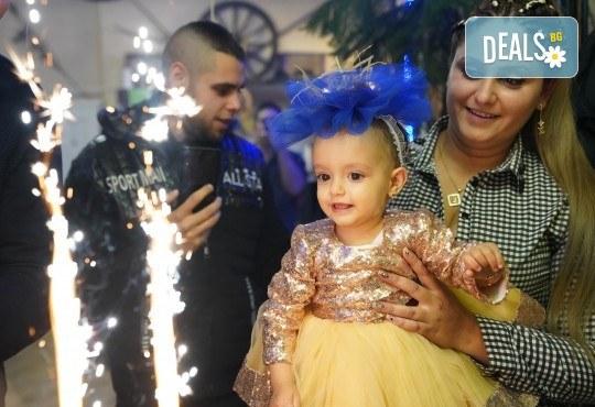 Фото заснемане нa рожден ден, детско парти или юбилей с неограничен брой кадри и подарък DVD - Снимка 22