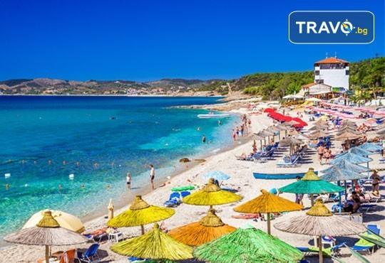 Лятна мини почивка на остров Тасос! 2 нощувки със закуски в хотел 2*/3*, транспорт и посещение на Кавала - Снимка 2