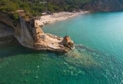 Лятна мини почивка на остров Тасос! 2 нощувки със закуски в хотел 2*/3*, транспорт и посещение на Кавала - Снимка