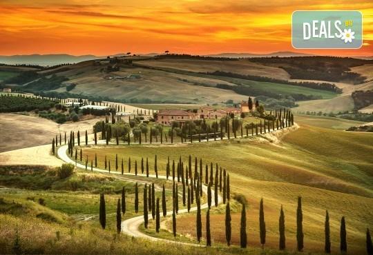 Самолетна екскурзия до Тоскана! 4 нощувки със закуски и вечери, билет с летищни такси, възможност за посещение на Чинкуе Терре, Пиза и Флоренция - Снимка 2