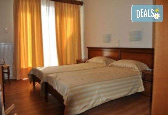 Летен уикенд в Кавала на супер цена! 1 нощувка със закуска в Hotel Nefeli 2*, транспорт и водач - Снимка 6