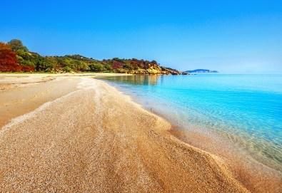 Лятна мини почивка в Гърция! 3 нощувки и закуски в Кавала, транспорт, посещение на Амолофи Бийч и възможност за плаж на о. Тасос - Снимка