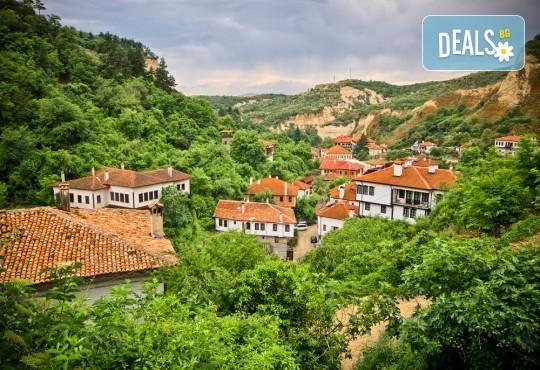 Уикенд екскурзия до Солун, Мелник и Рупите с Дари Травел! 1 нощувка със закуска в Сандански, транспорт и екскурзовод - Снимка 8
