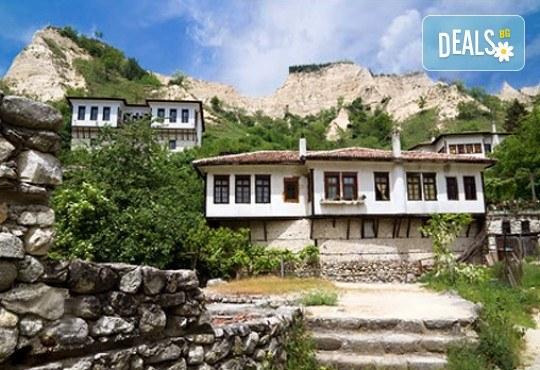 Уикенд екскурзия до Солун, Мелник и Рупите с Дари Травел! 1 нощувка със закуска в Сандански, транспорт и екскурзовод - Снимка 7