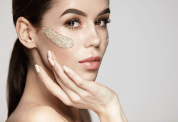 Мануално почистване на лице, ензимен пилинг и ултразвук с ампула Q10 коензим + маска с млечен протеин и витамини в студио Нова - Снимка