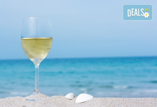Еднодневна екскурзия с плаж до Офринио, Гърция, с транспорт, медицинска застраховка и водач от Глобус Турс - Снимка 1