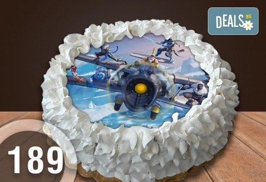 Детска торта с 12 парчета с крем и какаови блатове + детска снимка или снимка на клиента, от Сладкарница Джорджо Джани - Снимка 22
