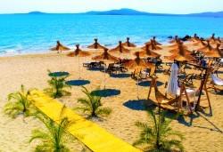 Еднодневна екскурзия с плаж на Слънчев бряг през август - транспорт и водач от туроператор Поход - Снимка