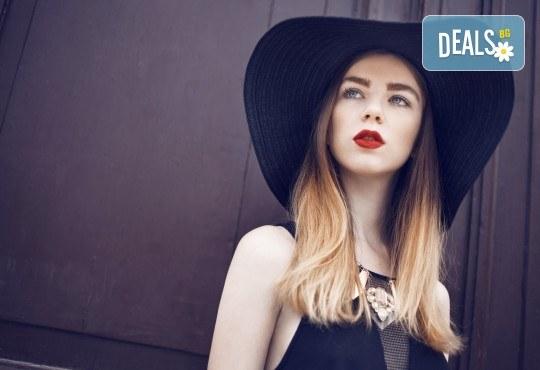 Подстригване + боядисване в стил омбре или кичури тип балеаж, масажно измиване, маска и прическа със сешоар в салон Madonna - Снимка 4