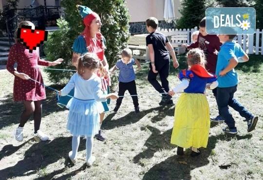 Аниматор за детски рожден ден с много забавни игри и музикална апаратура от Парти агенция ИВОНИ - БАРБАРОНИ - Снимка 16