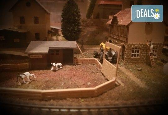 """Детски рожден ден за до 20 деца, с Escape игри на живо! """"Наследството на масоните"""" и """"Историята на играчките"""", стая за почерпка, много забавления и незабравими спомени от Emergency Escape - Снимка 3"""