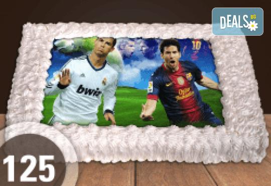 За феновете на спорта! Торта със снимка за почитателите на футбола или други спортове от Сладкарница Джорджо Джани - Снимка 1