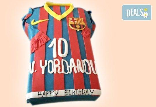С Вашия бранд! Фирмена торта с лого и индивидуален дизайн от Сладкарница Джорджо Джани - Снимка 26