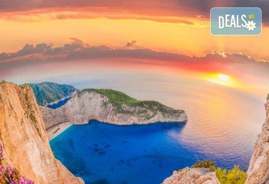 Лятна почивка на остров Закинтос - перлата на Йонийско море! 5 нощувки със закуски и вечери, транспорт и водач от България Травъл - Снимка 2