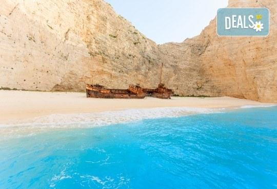 Лятна почивка на остров Закинтос - перлата на Йонийско море! 5 нощувки със закуски и вечери, транспорт и водач от България Травъл - Снимка 5