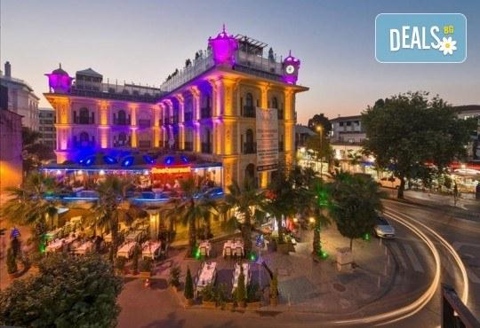 Есенна лукс почивка в Celal Aga Konagi Hotel & SPA 5*, Истанбул! 2 нощувки и закуски, транспорт, ползване на басейн, сауна и фитнес - Снимка 2