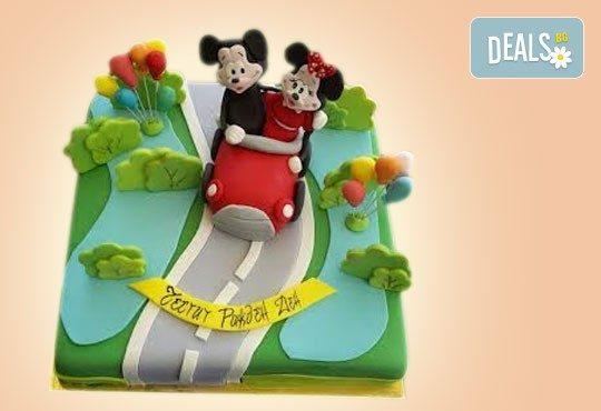За най-малките! Детска торта с Мечо Пух, Смърфовете, Спондж Боб и други герои от Сладкарница Джорджо Джани - Снимка 68