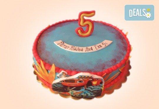 За момчета! Детска 3D торта за момчета с коли и герои от филмчета с ръчно моделирана декорация от Сладкарница Джорджо Джани - Снимка 6