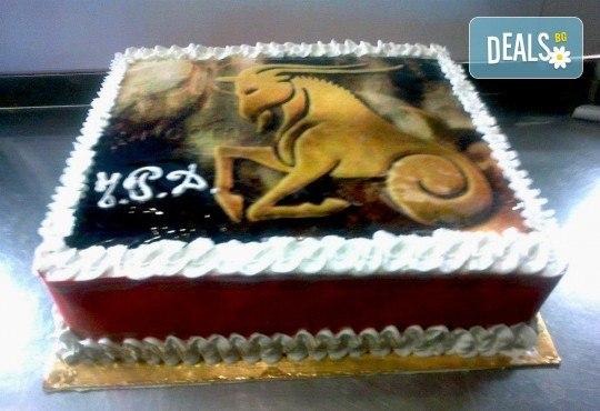 Голяма детска торта 20, 25 или 30 парчета със снимка на любим герой от Сладкарница Джорджо Джани - Снимка 17