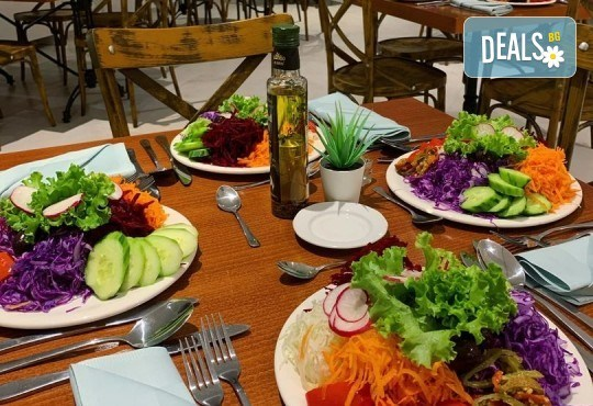 Нова година на брега на Дойранското езеро! 2 нощувки с 2 закуски, 1 стандартна и 1 празнична вечеря в La Terrazza 3* в Стари Дойран, възможност за транспорт - Снимка 4