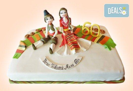 За кумовете! Празнична торта Честито кумство с пъстри цветя, дизайн сърце, романтични рози, влюбени гълъби или др. от Сладкарница Джорджо Джани - Снимка 30