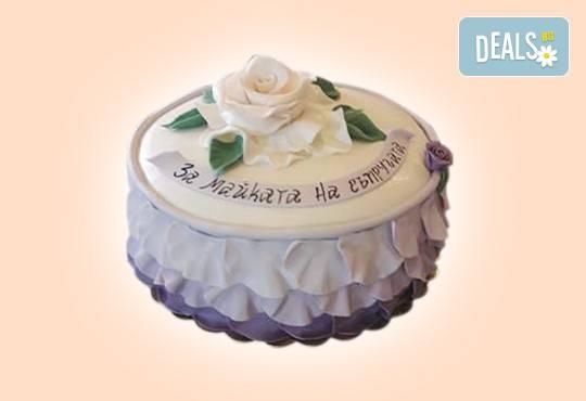 За кумовете! Празнична торта Честито кумство с пъстри цветя, дизайн сърце, романтични рози, влюбени гълъби или др. от Сладкарница Джорджо Джани - Снимка 44