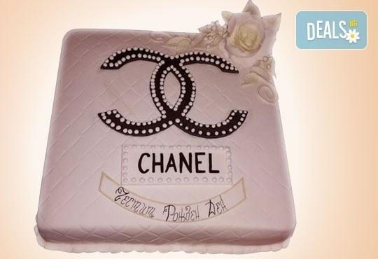 С Вашия бранд! Фирмена торта с лого и индивидуален дизайн от Сладкарница Джорджо Джани - Снимка 39