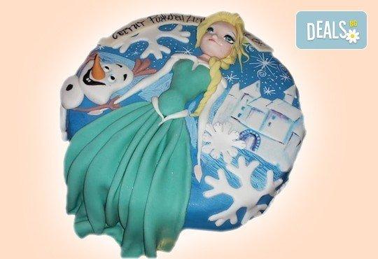 Елза и Анна! Тематична 3D торта Замръзналото кралство от 12 до 37 парчетата - кръгла, голяма правоъгълна или триизмерна кукла Елза от Сладкарница Джорджо Джани - Снимка 5