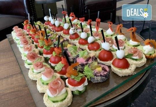 Изненадайте гостите си със стилно поднесени коктейлни хапки за Вашия специален повод! - Снимка 1